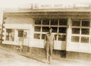 History - Carl Valero in front of original shop